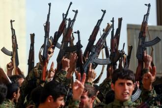 """Secretarul american de stat admite că ISIS recâștigă teren: """"E complicat"""""""