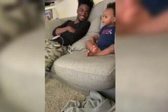 VIDEO viral. Un tată comentează un serial cu copilul lui, care are doar 1 an și jumătate
