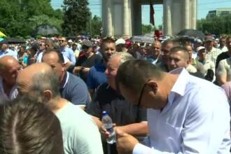 Cutremur politic în R. Moldova. Miting organizat de partidul lui Plahotniuc în Chișinău