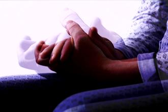 Tânără cu handicap psihic, în stare gravă după ce a fost violată de un pacient, în spital