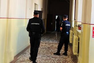 Elev de liceu bătut cu pumnii și palmele de un jandarm, la Bacalaureat. Reacția Jandarmeriei
