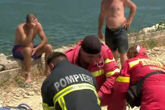 Moarte suspectă pe litoral. Bucătar găsit înecat într-o zonă în care apa are 1 m adâncime