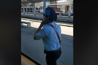 """""""Nașul"""" unui tren a fost uitat pe peron, Gara de Nord. Un călător a filmat momentul"""