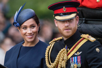 Meghan Markle şi prinţul Harry nu vor sărbători Crăciunul alături de familia regală