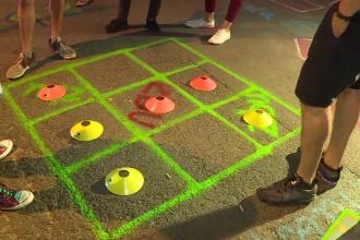 Jocurile copilăriei aduse pe străzile din Capitală. Cum au reacționat bucureștenii