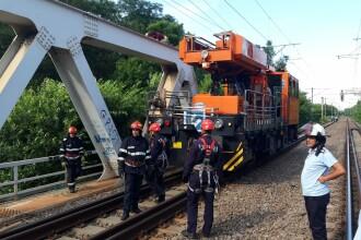 Doi adolescenți au fost electrocutați, duminică, pe podul CFR din Herăstrău
