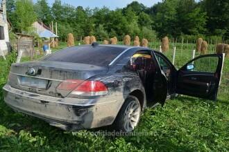 Şofer de BMW, prins cu maşina plină de ţigări. Motivul real pentru care fugea de poliţie