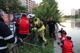 Tânăr înecat în București după ce a sărit în apă să-și ajute prietenul. Ce făcuseră înainte
