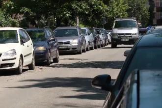Primăria Capitalei începe ridicarea mașinilor parcate neregulamentar. Ce taxe se vor percepe