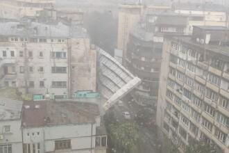 Mărturia șoferului la un pas să fie lovit de schela prăbușită în Capitală