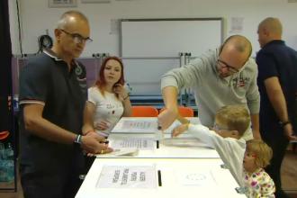 Parlamentarii PSD au recunoscut că nu s-au gândit până acum la votul electronic