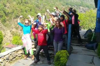 Cât plătesc românii pentru a merge în tabere de yoga în Nepal și India