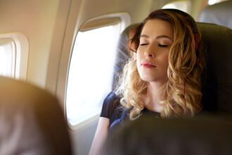 """Pățania unei femei care a adormit în avion în timpul zborului: """"Am crezut că e un coșmar"""""""