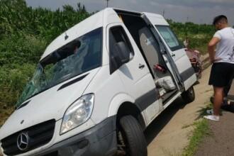 Un mort și 6 răniți după ce un microbuz cu volan pe dreapta s-a răsturnat în Giurgiu