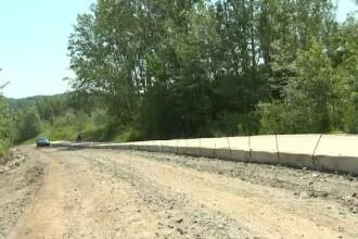 Un drum de 7 km a devenit spaima șoferilor. Lucrările au început în 2006
