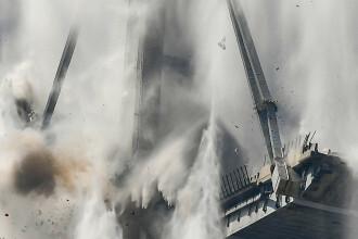 Momentul demolării podului din Genova în a cărui prăbuşire au murit 2 români. VIDEO