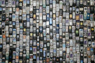 Telefoanele care vor fi interzise în România din 2020. Amenda ajunge la 100.000 de lei