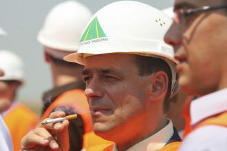 """Ludovic Orban vrea să se lase de țigări: """"Am fumat destul 40 de ani"""". Ce legătură are viciul său cu eclipsa din 1999"""