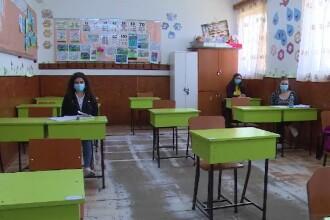 Școlile au anunțat scenariile după care vor să înceapă cursurile. De ce multe au ales