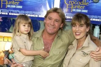 Transformare remarcabilă pentru Bindi Irwin, fiica Vânătorului de crocodili. S-a căsătorit și îi calcă pe urme tatălui său