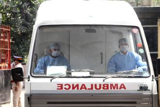 O femeie însărcinată în opt luni a murit în ambulanță. A fost plimbată 13 ore între spitale