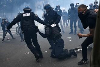 Mii de oameni au protestat împotriva rasismului la Paris. Poliția a intervenit cu gaze lacrimogene