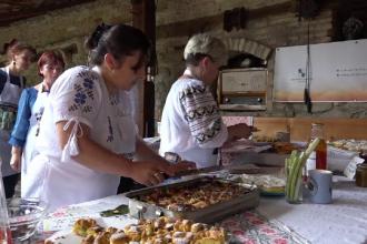 Bomboanele cu rubarbă, vedetele unui festival cu tradiție, organizat în Mureș