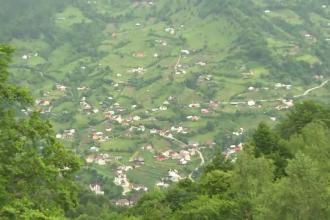 Localitatea în care primarul le dă teren gratuit celor care vor să construiască pensiuni