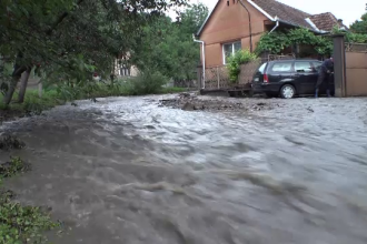 ANM a emis un cod portocaliu de inundații. Județele care vor fi afectate