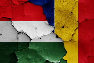 Război al declaraţiilor între diplomaţii români şi maghiari.