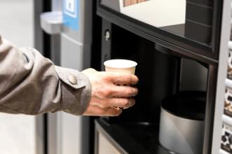 Un francez s-a apucat de spart automate de cafea de dragul unei românce. Ce îi promisese femeia