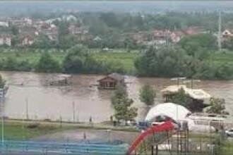 Imagini dramatice în Serbia. Inundațiile au provocat pagube uriașe