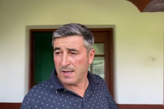 Caz șocant într-o comună din Dolj. Tatăl viceprimarului, arestat după ce a lăsat însărcinate două minore