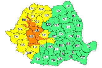 ANM: Cod portocaliu de ploi torenţiale în şapte judeţe şi Cod galben de instabilitate în 15 judeţe
