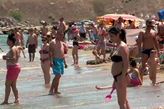 Marcel Vela, despre aglomerația de pe litoral: Sper să nu ajungă în situaţia în care să se închidă plaje