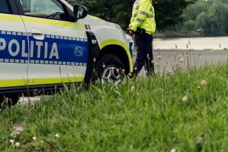Cadavrul unui bărbat împușcat a fost găsit într-o mașină în Roman