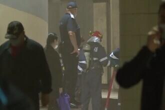 Incident la metrou. Călătorii au fost evacuați după ce Piața Victoriei a fost invadată de fum