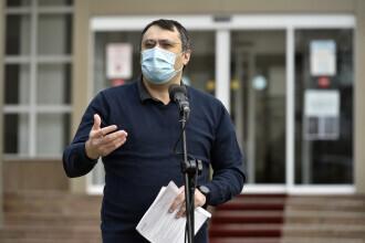 Ghinea, după ce Ciolacu a spus că s-a întâlnit cu un comisar european: A vorbit prin semne, că nu știe boabă de limbi străine