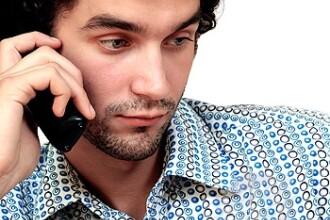 Suntem escrocii nr.1:americani inselati prin apeluri telefonice din Romania