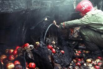 Incendiu de proportii in centrul Iasiului. O tanara a ajuns la spital