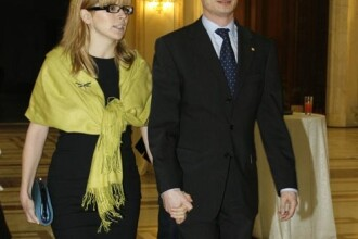 Fostul presedinte al Camerei Deputatilor, Bogdan Olteanu, a divortat!