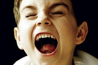 Un copil de 8 ani, refuzat la scoala dupa ce a fost diagnosticat cu ADHD