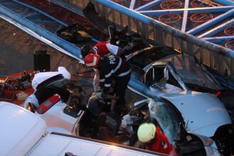 Masina strivita de un limitator de inaltime din Brasov. Un om a murit