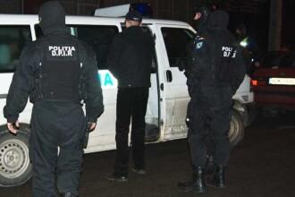 Retea de traficanti de droguri anihilata de politistii galateni!