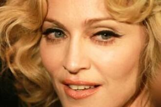 Madonna, in forma maxima! Va alerga 243 de kilometri prin Sahara!
