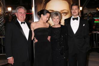 Angelina Jolie si Brad Pitt se retrag de la Hollywood. Vezi in ce tara