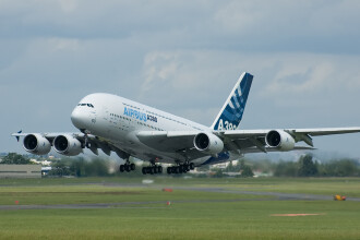 Incidente aviatice la Tokyo si Sydney. Din fericire, nu au fost raniti