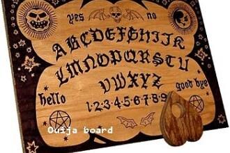 Si-a instalat pe telefon o aplicatie a jocului Ouija. Ce s-a intamplat in clipele urmatoare cu o adolescenta. VIDEO