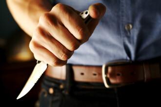 Gelozia l-a impins la crima. Si-a injunghiat rivalul de sapte ori!