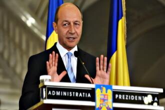 Traian Basescu: Daca nu strangem cureaua, amanetam cu totul Romania!